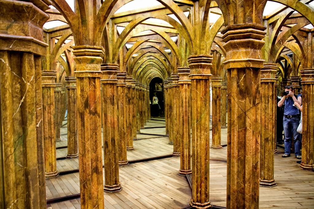 При выходе из лабиринта вознаградит вас диорама изображающая сцену из памятных сражений тридцатилетней войны