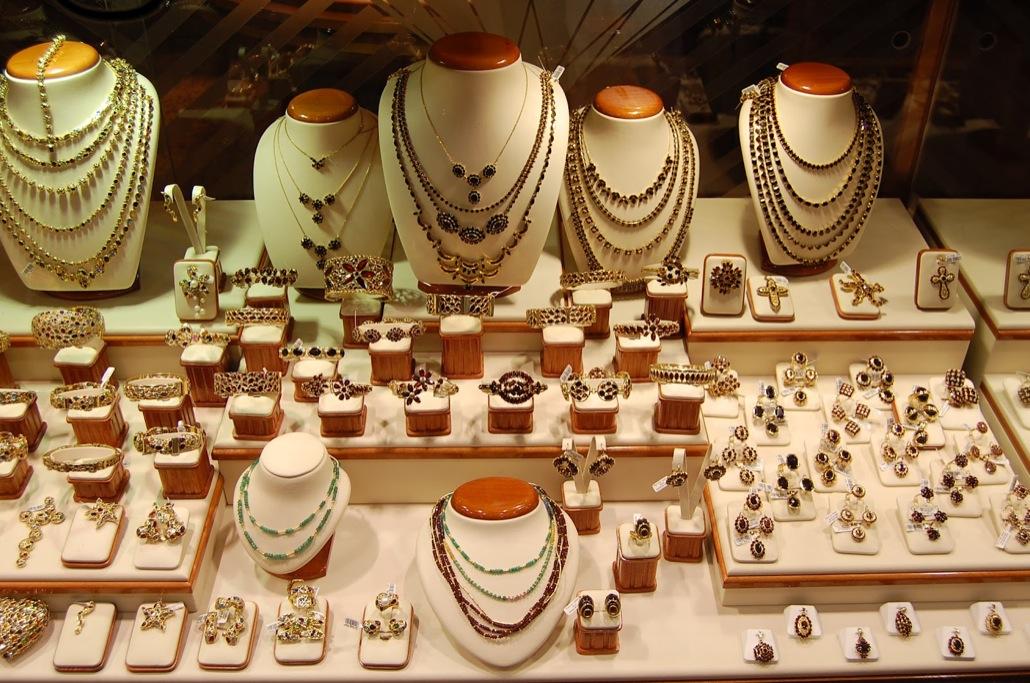 Чехия, ювелирный магазин