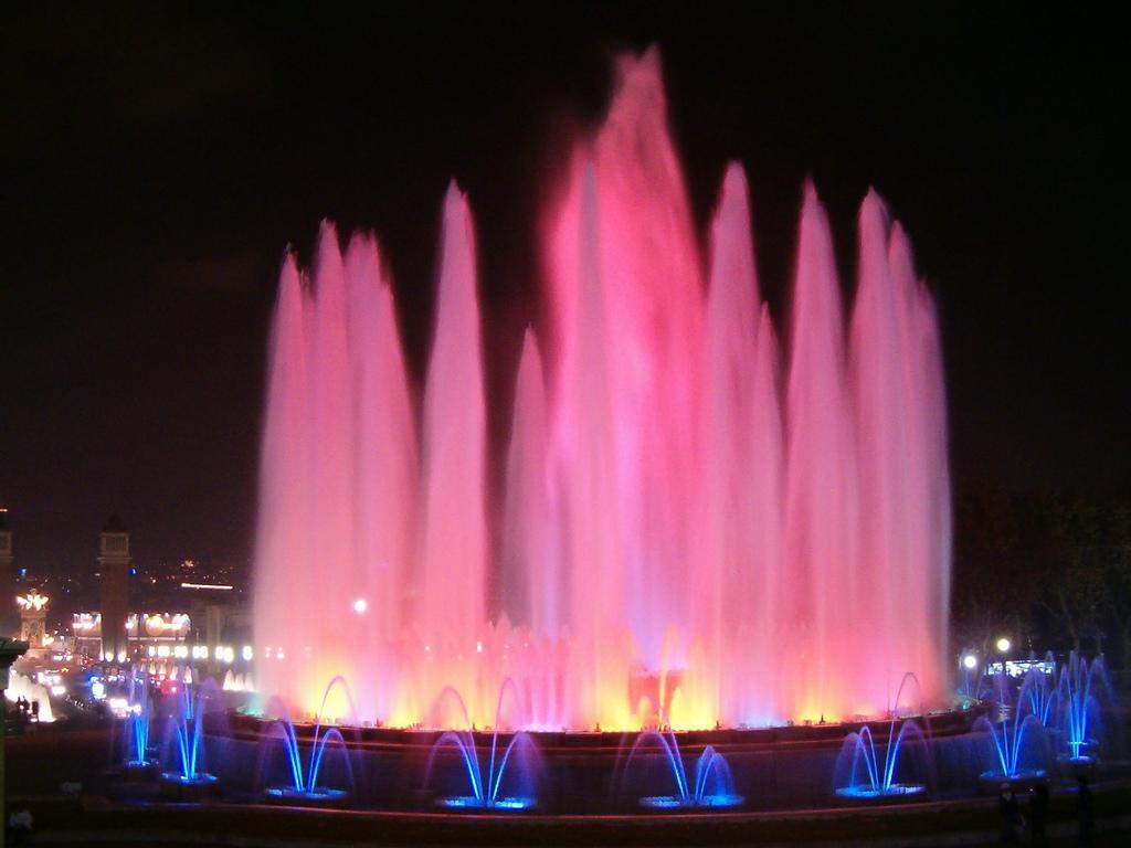 Поющие фонтаны Праги