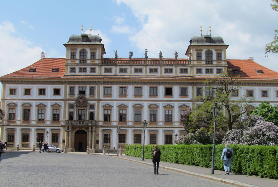 Тосканский дврец Праги