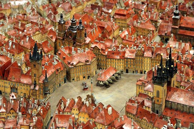 картонная модель Праги