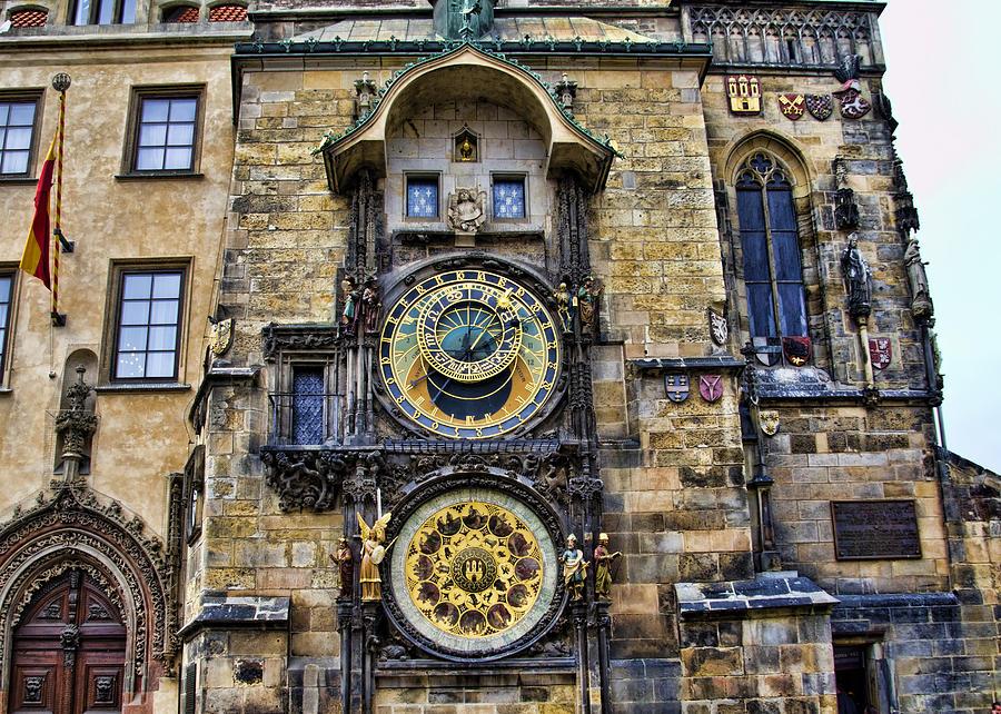 Часы Орлой Прага